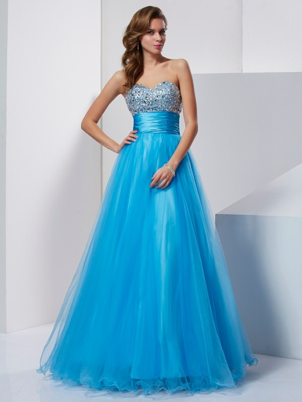 A-Line/Princess Sweetheart Sleeveless Beading Long Tulle Dresses