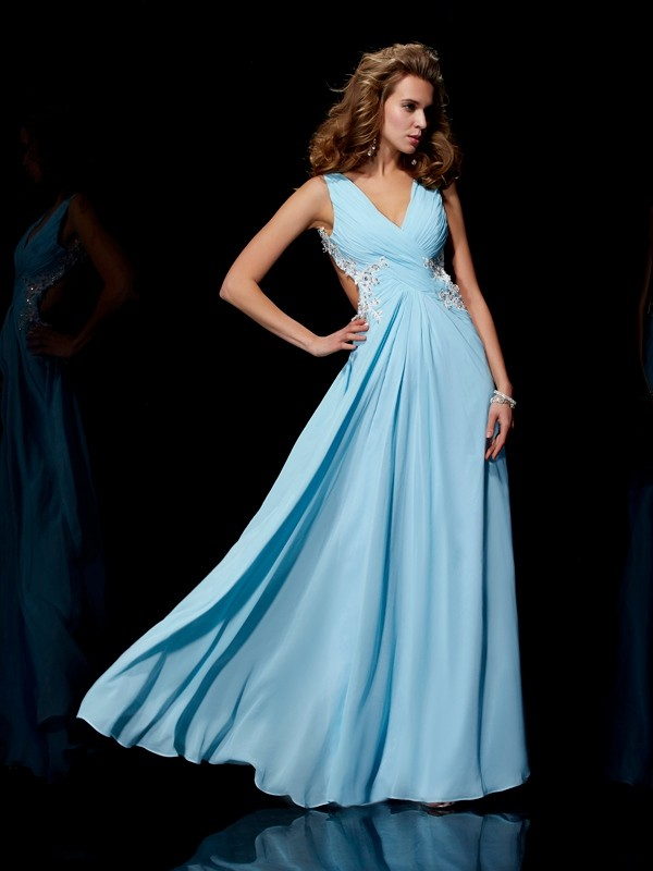 A-Line/Princess Straps Sleeveless Applique Beading Long Chiffon Dresses