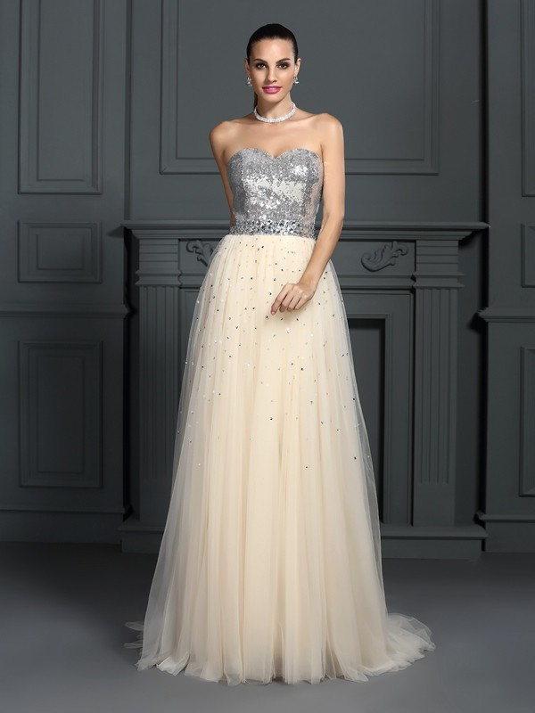 A-Line/Princess Sweetheart Beading Sleeveless Long Lace Dresses