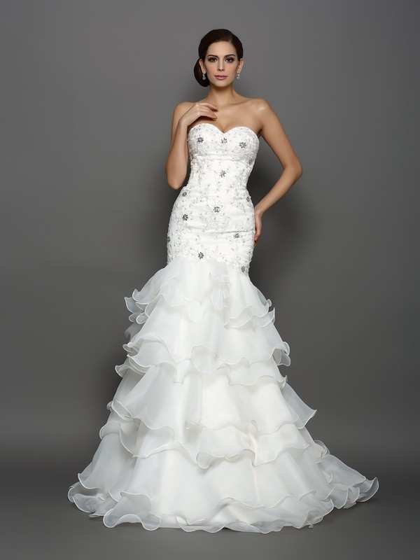 Trumpet/Mermaid Sweetheart Beading Applique Sleeveless Long Organza Wedding Dresses
