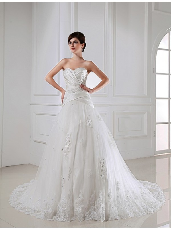 A-Line/Princess Beading Applique Sweetheart Sleeveless Satin Tulle Wedding Dresses