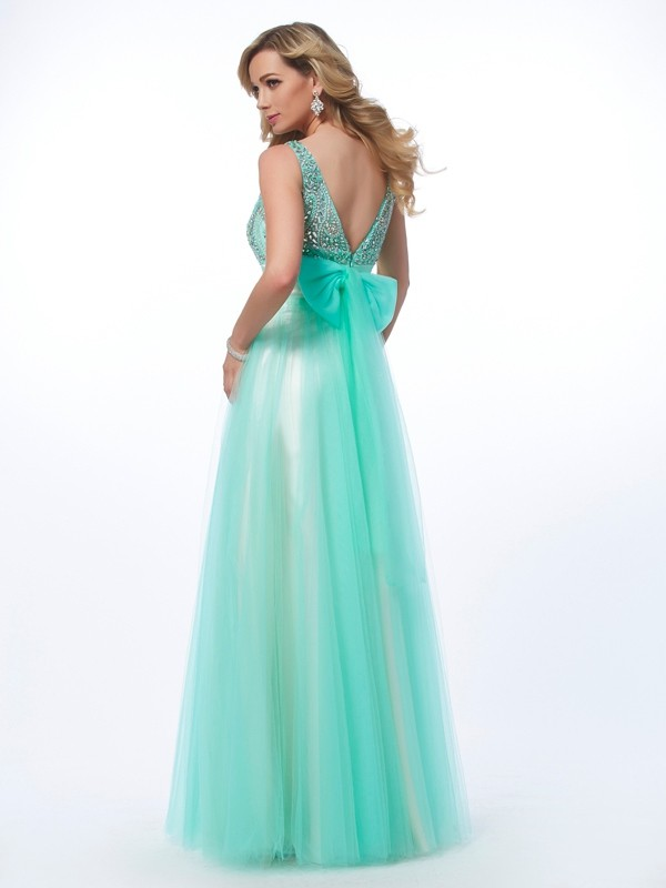 A-Line/Princess Bateau Sleeveless Beading Long Net Dresses