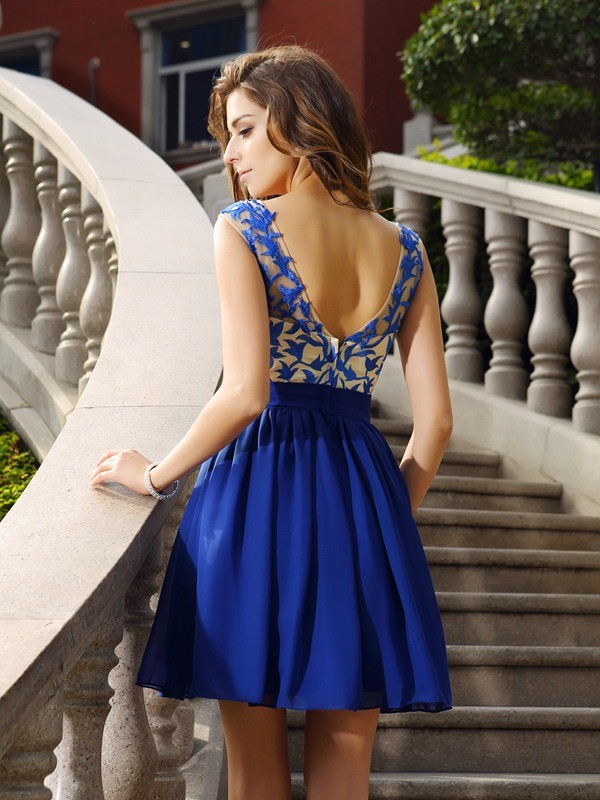 A-Line/Princess Scoop Beading Sleeveless Applique Short Chiffon Cocktail Dresses