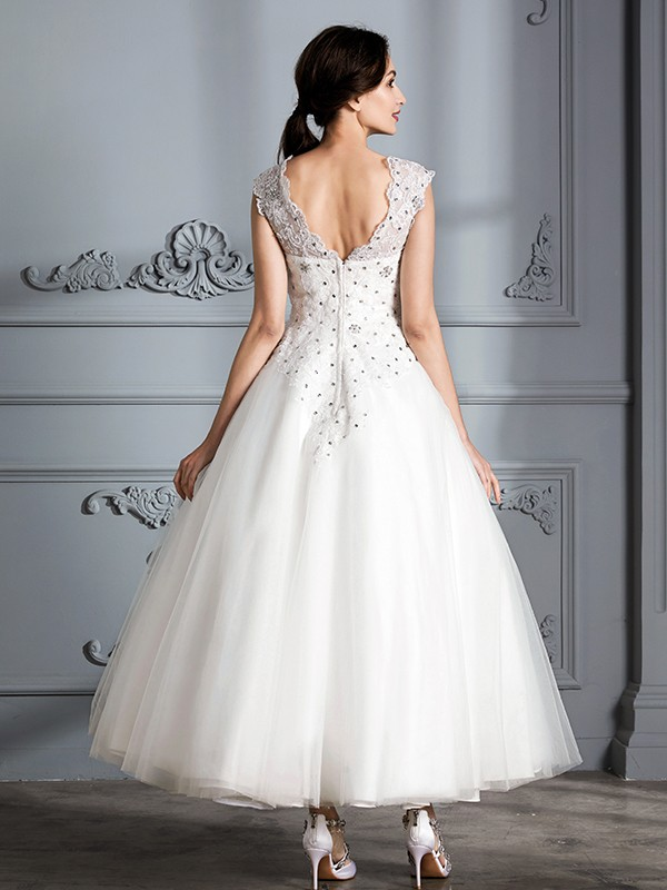 Ball Gown Scoop Sleeveless Tea-Length Tulle Wedding Dresses